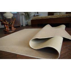 Fitted carpet ULTRA 90 beige