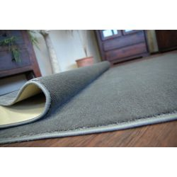 Fitted carpet ULTRA 75 grey